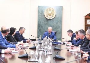 «Молдова— это неFacebook». Что сказал Додон навстрече сновым правительством