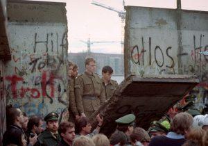 ВГермании празднуют 30-летие падения Берлинской стены