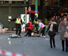 Новый теракт вцентре Лондона. Полиция застрелила человека сножом