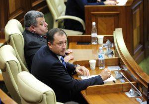 Уланов и Чеботарь вошли в комиссию по расследованию рейдерских атак на банки и страховые компании