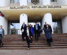 Молдова этого заслуживает? Как внешние партнеры отреагировали на отставку правительства Санду и распад коалиции