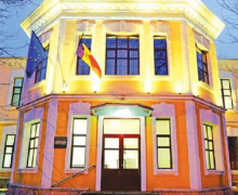 Совет по недискриминации высказался по поводу инициативы медуниверситета проверять иностранных студентов на наркотики