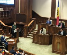 «Мысвергли Плахотнюка, остался только Додон». Цыку призвал депутатов не отправлять правительство в отставку