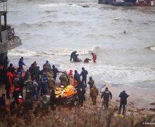 Echipajul de pe ambarcațiunea eșuată în apropiere de Odesa a fost adus la țărm