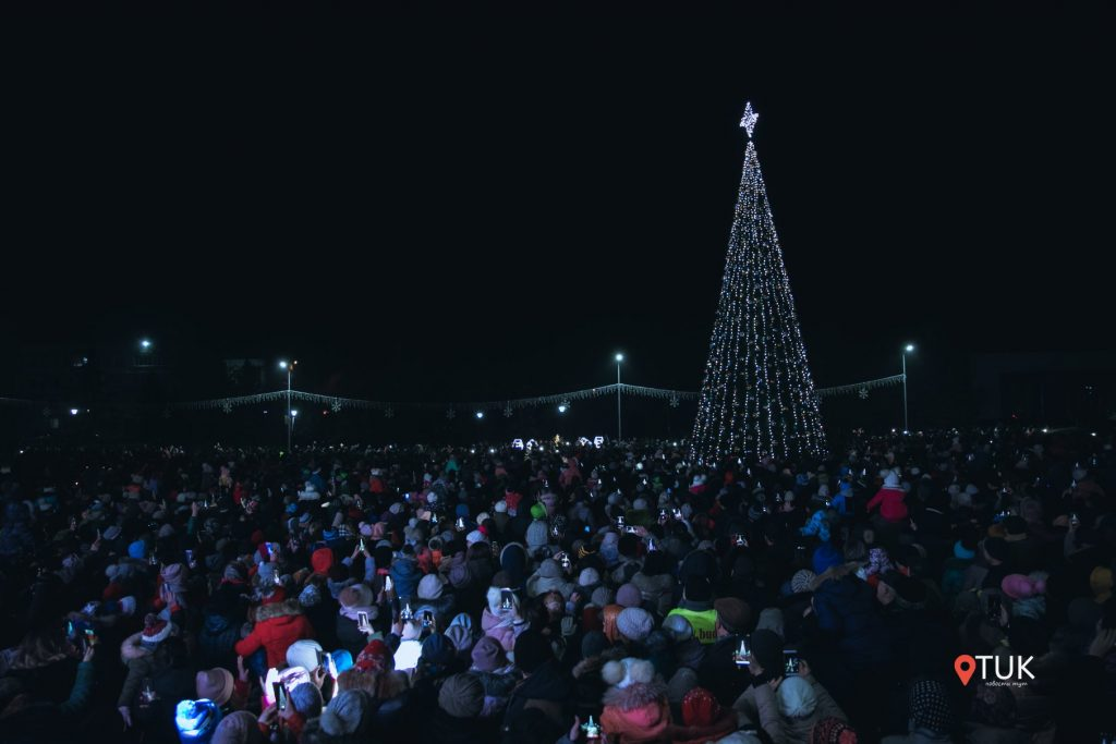 Șor a promis că va reveni. Cum deputatul fugar a ținut un discurs la inaugurarea Pomului de Crăciun de la Taraclia