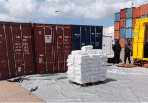 Везли более 2тонн кокаина изЮжной Америки. Управляющих молдавской компании подозревают вконтрабанде наркотиков