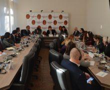 Члены ВСМ обсудили блокировку работы совета с представителями дипмиссий