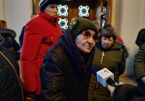 «Мэр оставил нас всех без работы перед Новым годом». Как пенсионеры отстаивают табачные киоски, ичто имобещает мэрия Кишинева