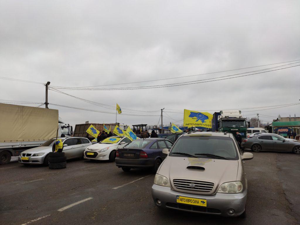 Достучаться доКиева. Как украинские протесты дошли домолдавской границы