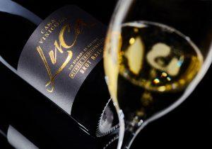 Как выбирать и пить игристое вино? Инструкция от NM и Casa Vinicola Luca