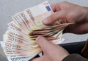 Mai puțini bani din străinătate. Volumul transferurilor bănești, în aprilie, a scăzut cu 11,5%