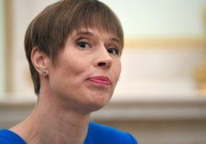 Президент Эстонии вернула российским дипломатам бутылку с крымским шампанским