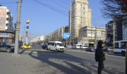 маршрутки и машины в городе