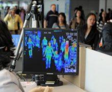 Коронавирус «на глаз». Как пограничники в аэропорту Кишинева оценивают состояние здоровья пассажиров