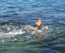 Un adolescent s-a înecat într-un lac din sectorul Botanica al capitalei