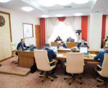 «Политика ипопулизм». Правительство отклонило поправки PAS взакон оВСМ