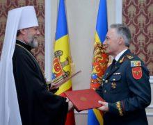 Mitropolia Moldovei și Ministerul Apărării au semnat un acord de colaborare, care are scopul de a promova educația moral-spirituală în Armata Naţională