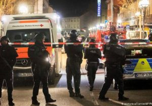 ВГермании мужчина расстрелял посетителей двух баров