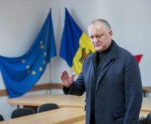 Пошлет ли Додон демократам кусочек власти? Политические итоги недели в Молдове