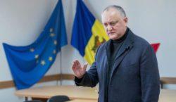 Додон предложил конфисковывать квартиры и машины судей, из-за которых Молдова…