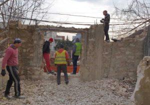 ВКишиневе сносят незаконные пристройки игаражи. Что обэтом рассказал Чебан