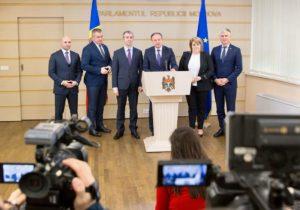 Выходцы изДемпартии создали парламентскую группу Pro Moldova
