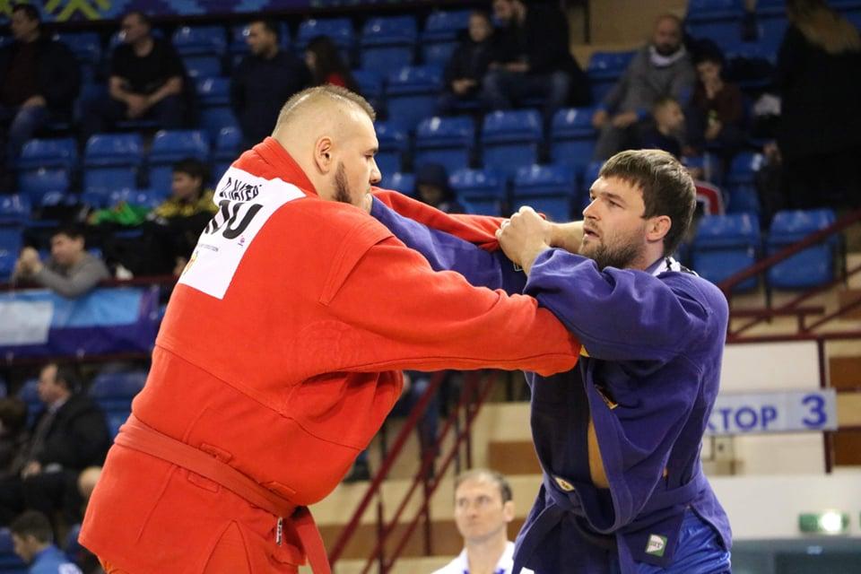 Молдова завоевала три медали насоревнованиях посамбо вБеларуси