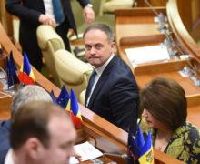 """Deputații PSRM și cei din PRO MOLDOVA, la discuții """"informale"""" despre depășirea crizei politice"""