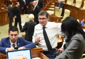 DOC Fracțiunea PAS anunță că va merge vineri la ședința parlamentului