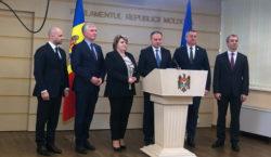 Парламентская группа Pro Moldova хочет внести изменения вКонституцию. Что они…