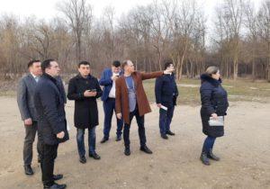 Стадионы, зеленые театры и дорожки для бегунов. В мэрии Кишинева рассказали об обновлении парка LaIzvor