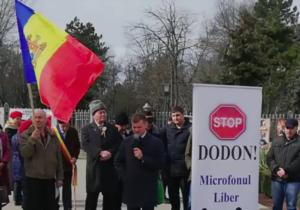 ВКишиневе прошел новый протест «Стоп Додон». Участники требуют отставки президента (ВИДЕО)