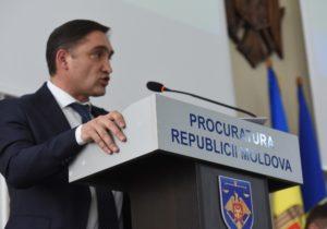 """NM Espresso: despre """"bomba"""" de la Stoianoglo, cutia Pandorei Papers, căderea globală a Facebook și despre noile secții COVID în Moldova"""