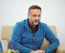 """""""În caz de transmitere locală a coronavirusului, situația va fi mult mai dură"""". Interviu NM cu directorul OMS în Moldova"""