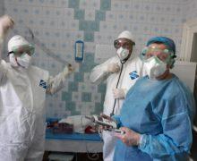 Ministerul Sănătății confirmă: 49 de lucrători medicali au fost infectați cu COVID-19