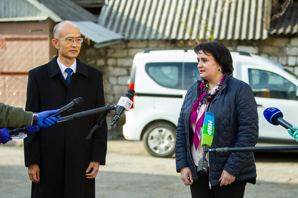 ВМолдову изКитая прибыла первая партия гуманитарной помощи