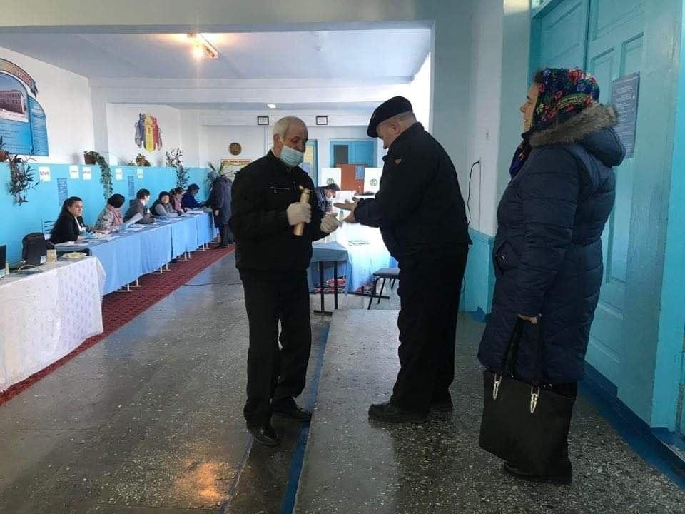 О выборах в Хынчештах: Под угрозой 14 тыс человек. Истинный масштаб эпидемии станет ясен в ближайшую неделю