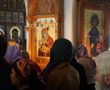 Вдвух церквях Молдовы провели службы сприхожанами. Кику призвал на Вербное воскресенье остаться дома