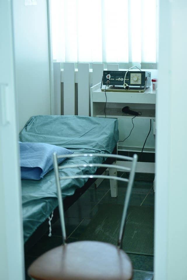 """La sanatoriul """"Constructorul"""" sunt efectuate lucrări de amenajare, pentru ca instituția să poată primi pacienți suspecți cu COVID-19"""