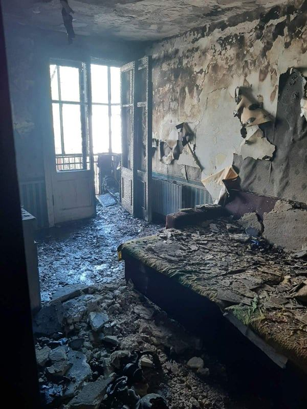 В Кишиневе в жилом доме на Рышкановке произошел пожар (ВИДЕО)