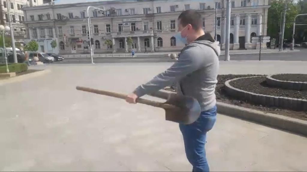 «Аннулируйте штрафы!» Как в Кишиневе прошла первая акция протеста во время ЧП. Репортаж NM