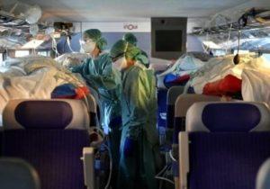 """FOTO/ Franța a transformat trenurile de mare viteză în """"ambulanțe"""" pentru a transporta pacienți infectați cu coronavirus"""