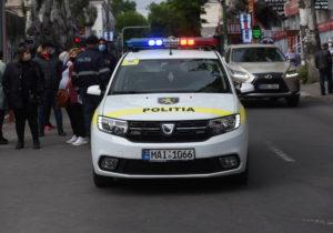 Гонки с преследованием в Кишиневе. Несколько экипажей полиции пытались остановить Mercedes, ехавший на большой скорости (ВИДЕО)