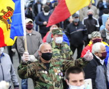 Протестующие в Кишиневе прошли маршем к администрации Додона. Что дальше? (ВИДЕО)