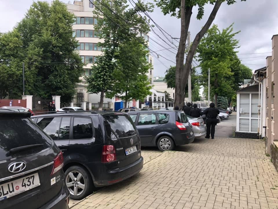 Посольство России в Кишиневе эвакуировали из-за сообщения о бомбе (ОБНОВЛЕНО)