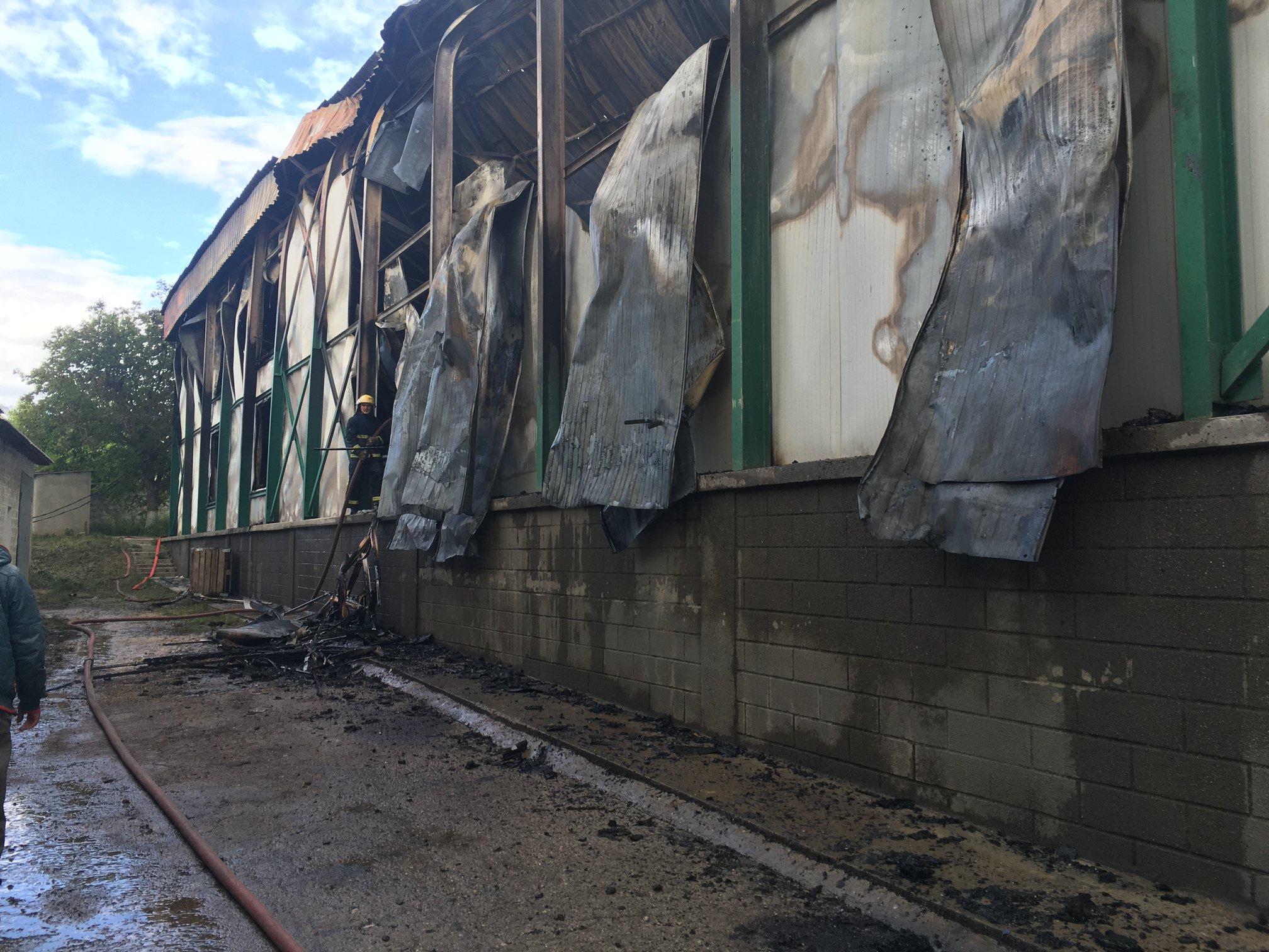 Un incendiu a izbucnit într-o construcție frigorifică din raionul Ocnița. Focul a cuprins o suprafață de aproximativ 3000 de metri pătrați