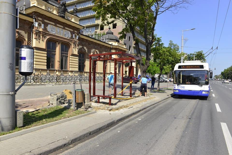 FOTO O nouă stație de așteptare va apărea, în curând, pe bulevardul Ștefan cel Mare din capitală