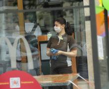 Scrisoare pentru Ciocoi. Angajații HoReCa cer să li se permită vaccinarea anti-Covid (DOC)