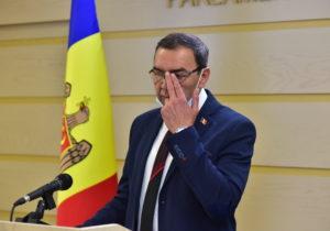 Скандал напосольском месте. Кого Молдове лучше отправить кПутину?