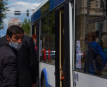 ВКишиневе менее2% пассажиров общественного транспорта платят запроезд спомощью банковских карт